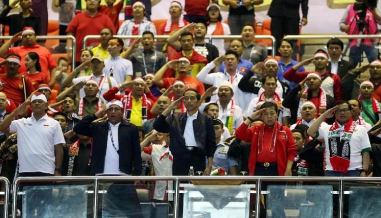 Reaksi Presiden Jokowi Di saat Nonton Indonesia Vs Vietnam