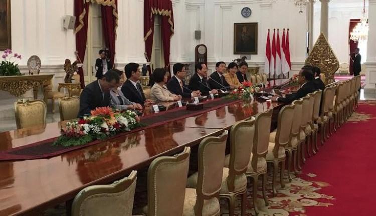 Jokowi Temui Parlemen Korea Selatan diIstana Merdeka