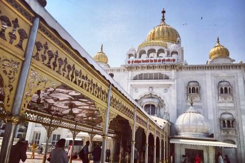Gurdwara Bangla Sahib, New Delhi, Places to visit in Delhi, Things to do in Delhi, Connaught place, Gurudwaras in Delhi, Bangla sahib Nearest Metro Station, Bangla sahib timings