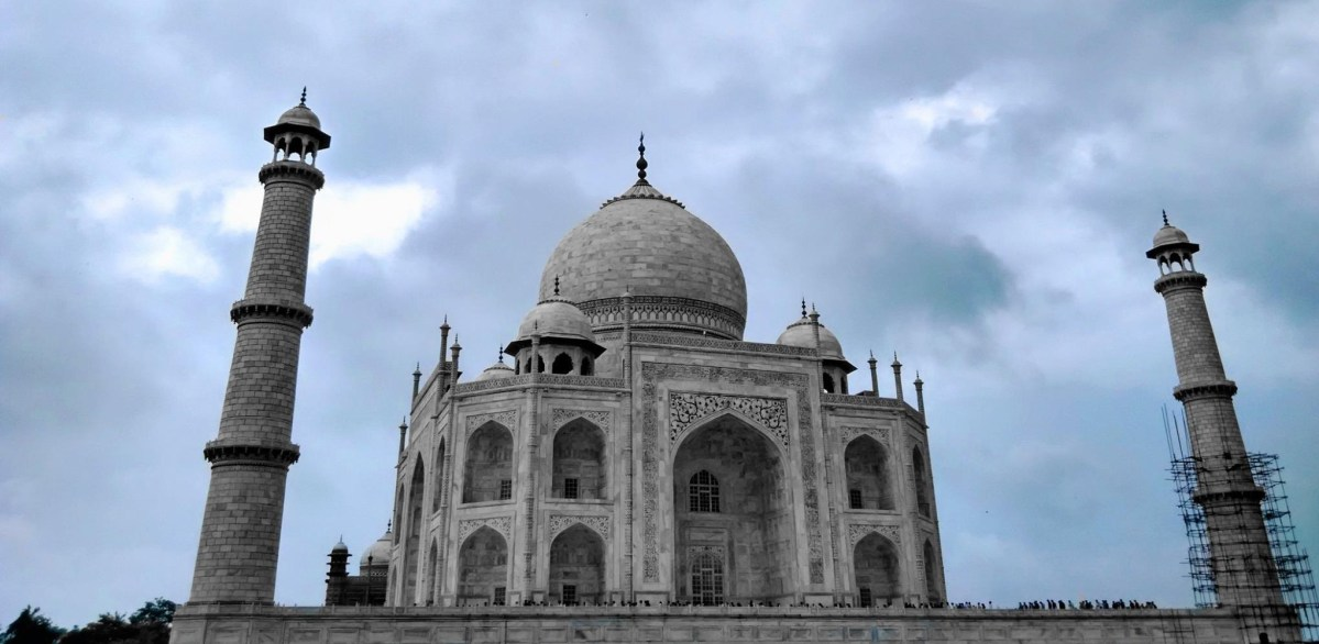 A day trip to the Taj Mahal and Agra Fort