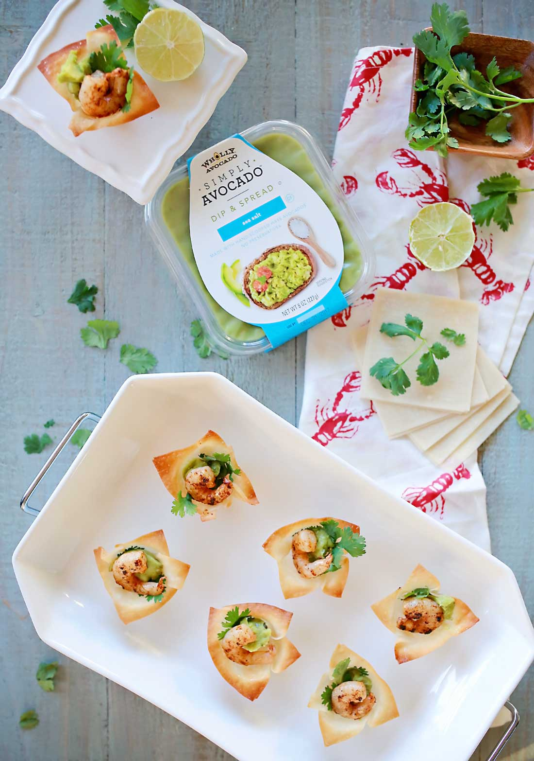 Easy and delicious Avocado and spicy shrimp bites!