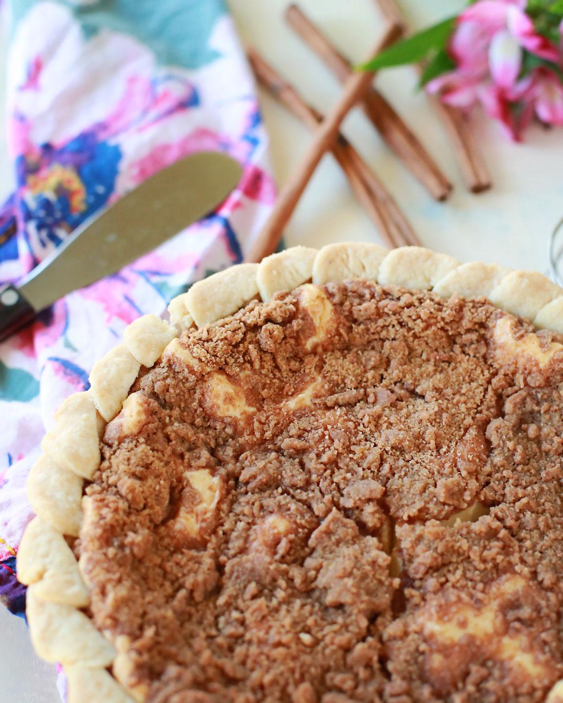 super easy and delicious sopapilla cheesecake pie!