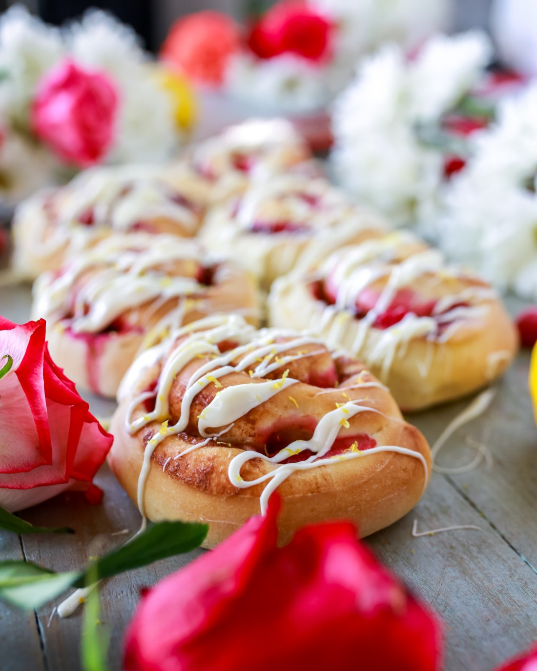 Lemon Raspberry Sweet Rolls recipe! So easy and so delicious!!!