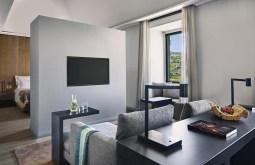 TANGO_online_six_senses_douro_valley_quinta_suite_living_room_[6154-original]
