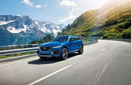 jag_fpace_le_s_location_image_140915_07