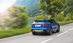 jag_fpace_le_s_location_image_140915_10_(116972)