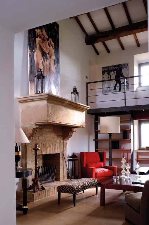 Arrighi_reclaimedMedivialStoneFireplace_SittingRoom