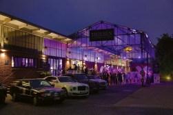 carclassics_Außenansicht Bentley Hamburg Pre-Owned Showroom
