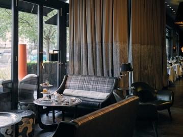 The-George-Hotel-Hamburg_Bar-DaCaio_06_Sitzecke