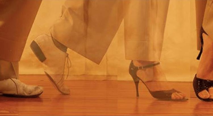 Хотите стать настоящим мужчиной — практикуйтесь на высоких каблуках