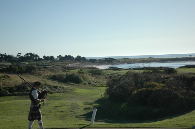 The bagpiper at the Inn at Spanish Bay