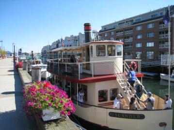 Portland Discovery Land and Sea Tours