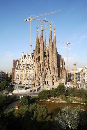 Barcelona. Basílica de la Sagrada Familia - Fachada de la Nativ