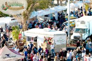 Port_Salerno_Seafood_Festival_Crowds