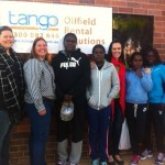 Wadeye Girls Project runners with Tango team.