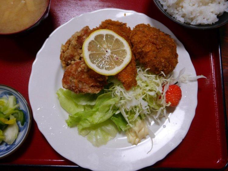 太田食堂 ミックスフライ定食