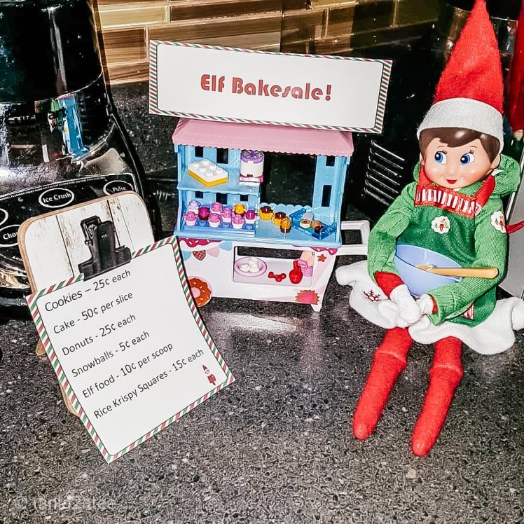 It's a Elf Bakesale with Snowflake: tania2atee