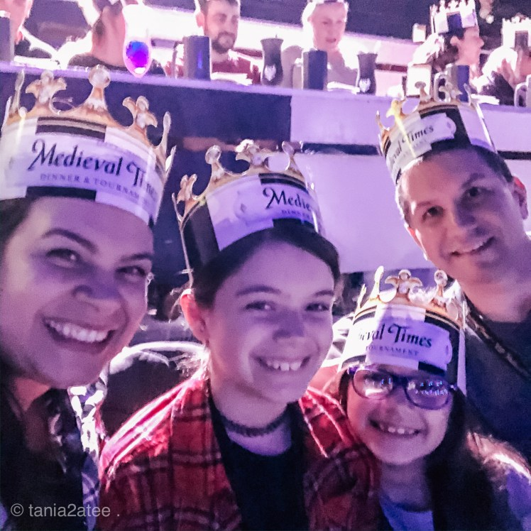 Family-pic-at-Medieval-Times-with-crowns