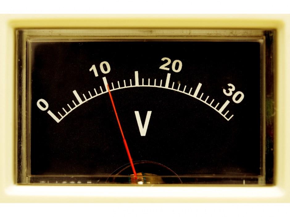 電圧の単位換算・変換方法を一覧表紹介!kVやW/Aとの関係は?   たんい ...