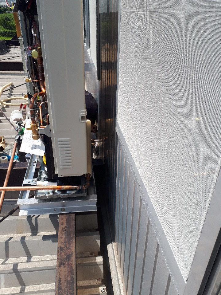 業務用エアコン室外機配管工事、ガス溶接