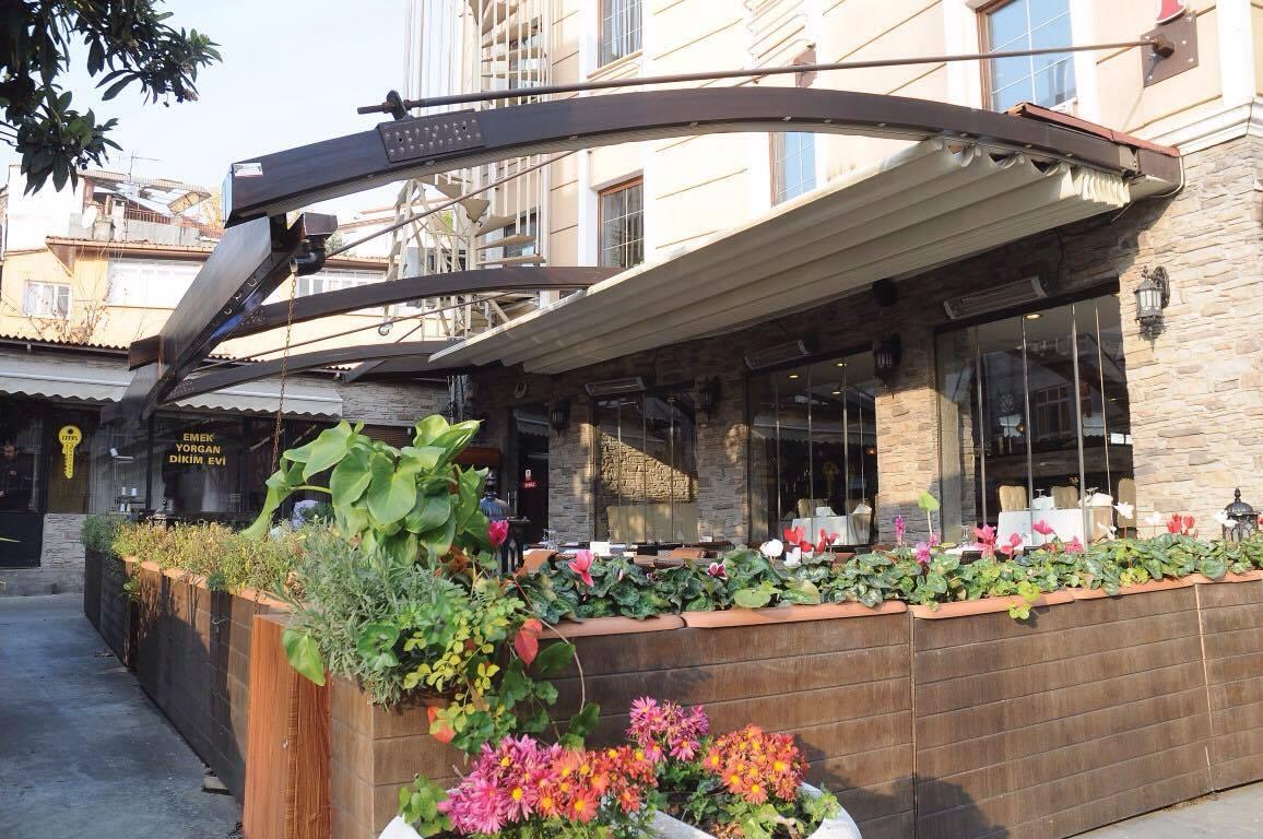 Meuble De Jardin Tunis | Cuisine En Bois Noble Meubles Et Décoration ...