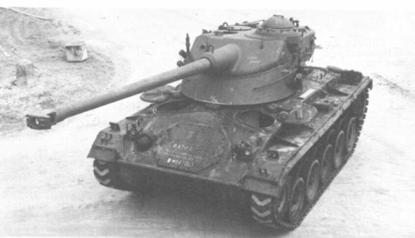 The AMX-13 FL-10 Turret on M24 Chaffee Hull