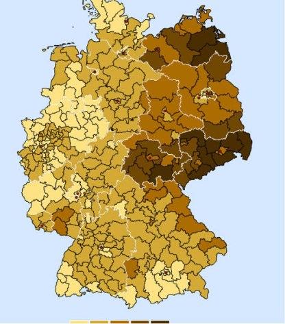 Valresultat i valet 2009 för Die Linke (vänster) resp. NPD (till höger) 2009. NPD:s färgskala går från 0,4-4%. Källa här och här.