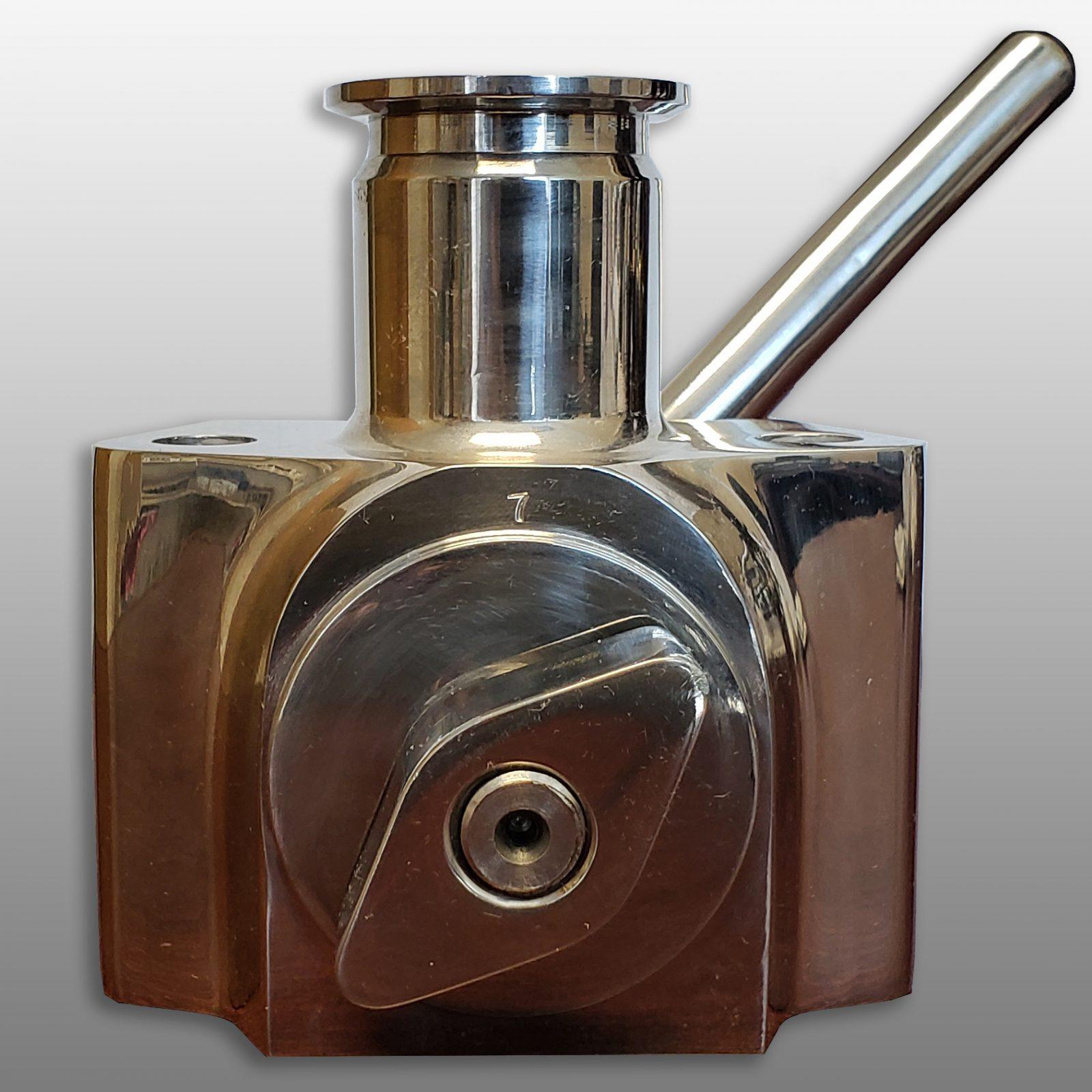 Leak detector valve