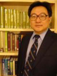 Inventor Jinhong Zhang associate professor of mining and geological engineering in the University of Arizona, College of Engineering