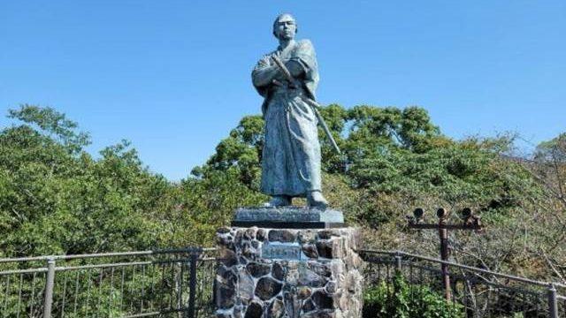 坂本龍馬の銅像