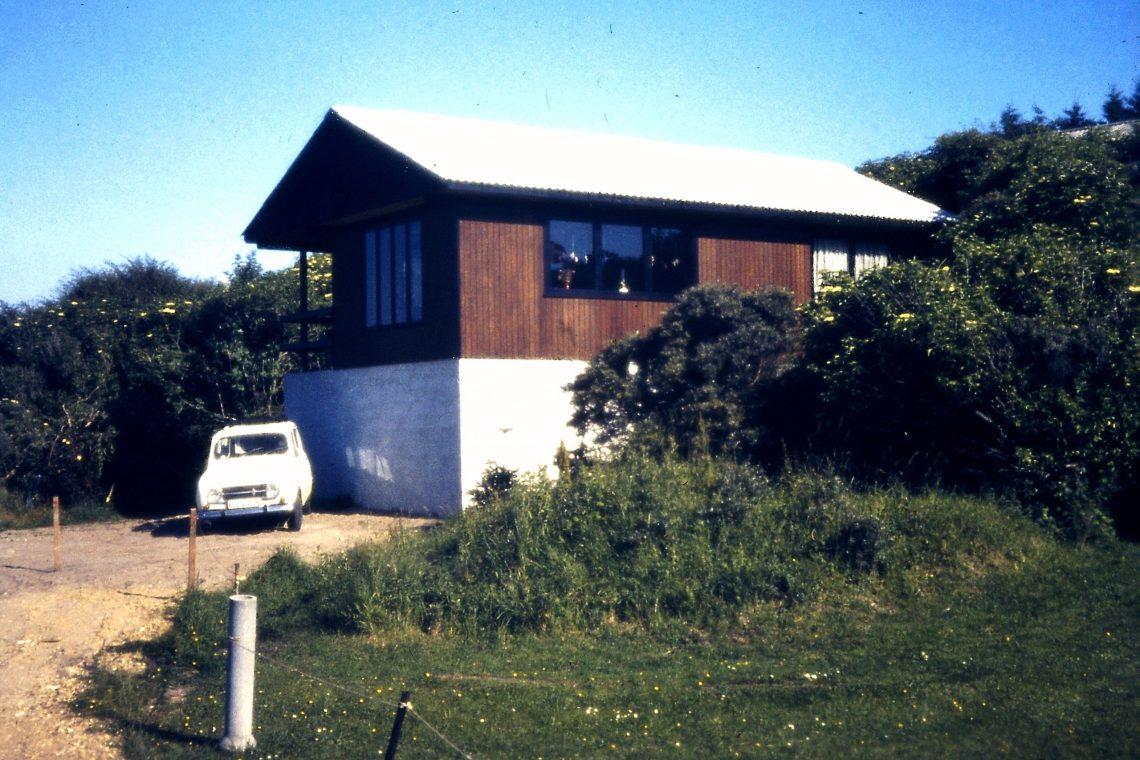 """Haus """"Pax"""" am Lendrup-Strand in den 1970er Jahren."""