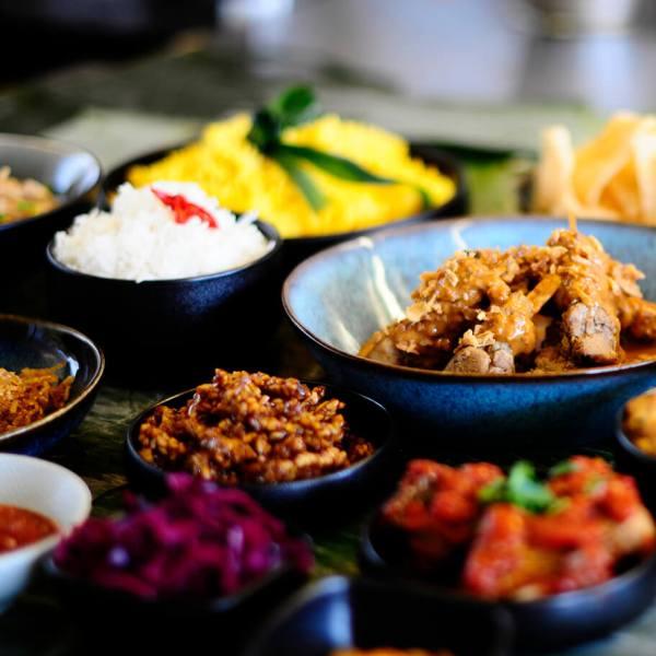 Tante Kookt Moluks Javaans Eten Thuisbezorgd Afhaal Makanan Hari MInggu - Tante Kookt - Take Away & Home Delivery