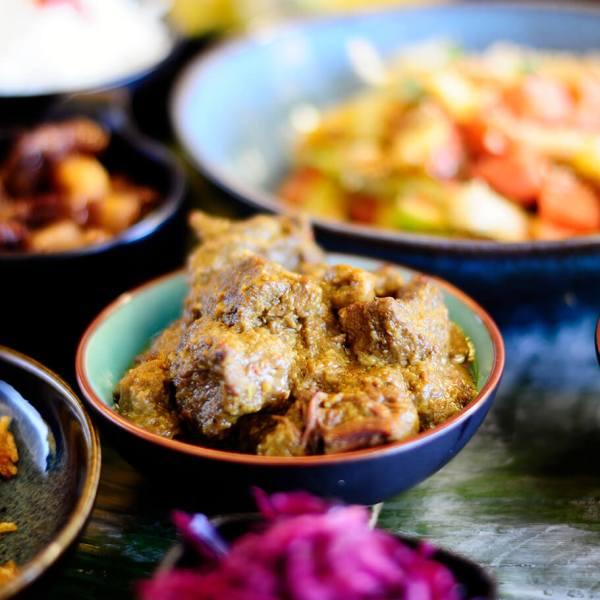 Tante Kookt Moluks Javaans Eten Thuisbezorgd Afhaal Makanan Pesta - Tante Kookt - Take Away & Home Delivery