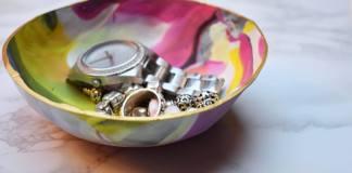 bakje van Fimo klei waarin je sieraden kunt bewaren