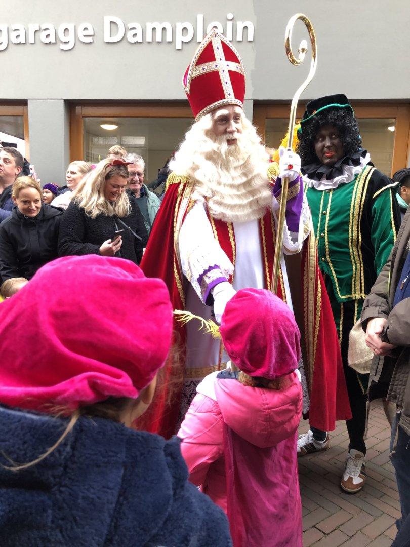 Aftellen tot Sinterklaas en de Sint is weer in het land