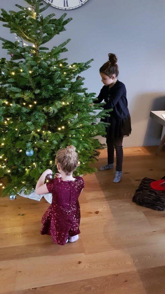 Snot en verdriet deze week kerstboom versieren