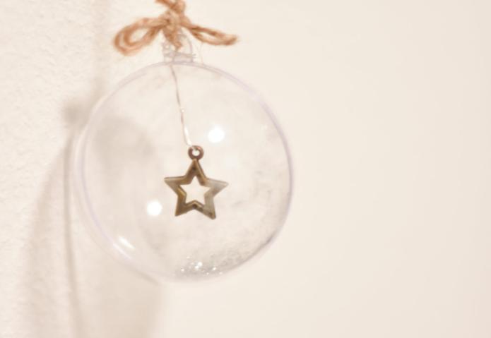 de kerstballen voor de kerst wandhanger