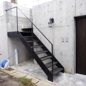 アイアン外階段