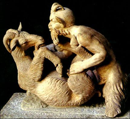Pan sätter på en getabock - skulptur från Pompeii