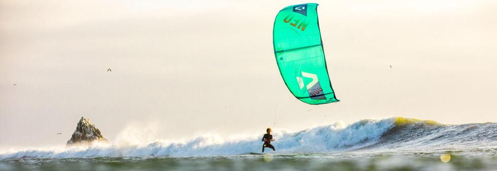 Relieving lower back pain in kitesurfers