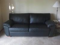 20 Photos Black Leather Sofas and Loveseats