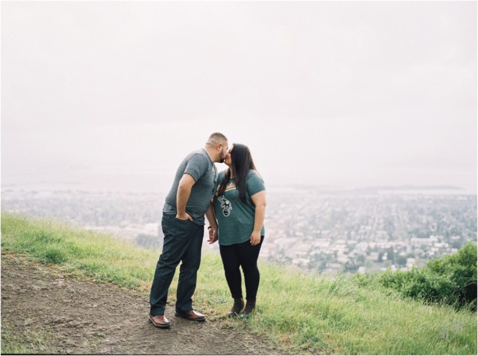 Grizzly Peak Oakland Engagement Session Photographer Rubi And Misa16