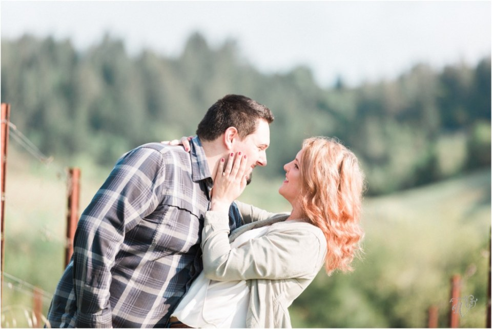Iron Horse Vineyards Sebastopol Winery Wedding Photographer Isobel & Elliot Engaged06