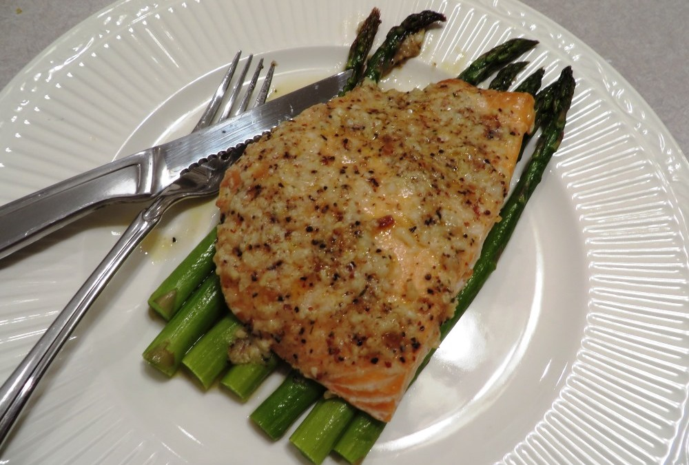 Garlic Parmesan Salmon & Asparagus Foil Pack