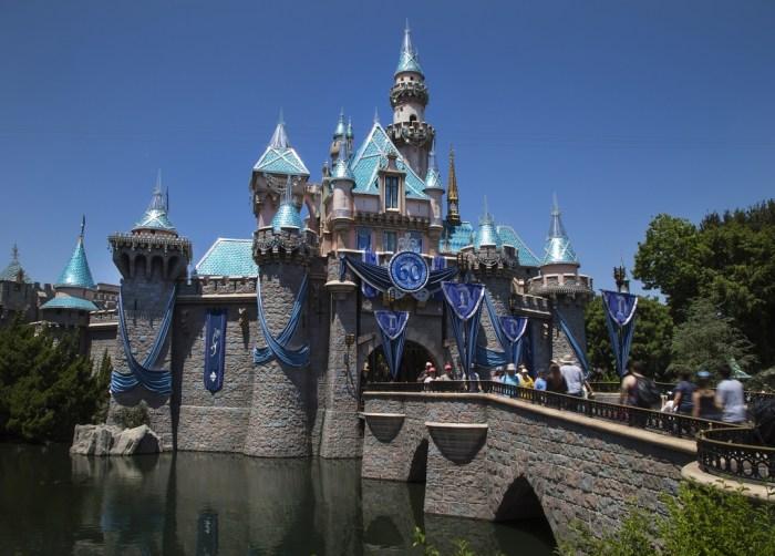 Disneyland, Tanya Foster, FilmFashionFun.com