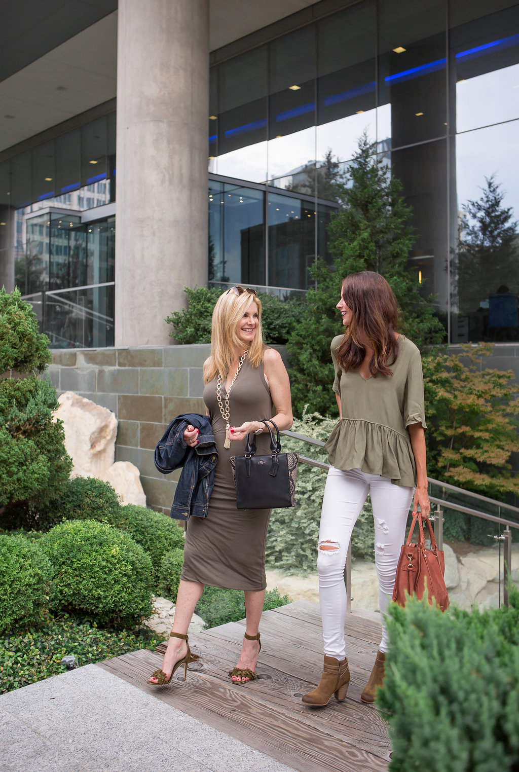 Tanya Foster and Amanda Miller, Dallas bloggers, fashion, Nordstrom sale, James Perse dress