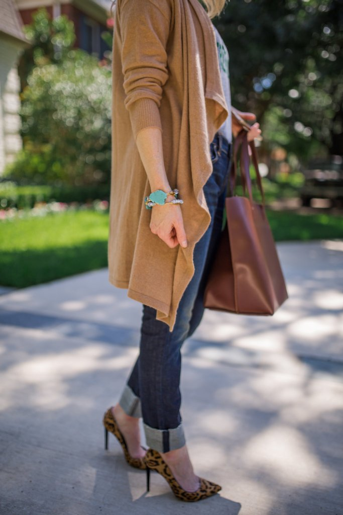 Halogen cashmere cardigan, rag and bone jeans, t-shirt, Sole Society tote bag, Nordstrom Anniversary Sale