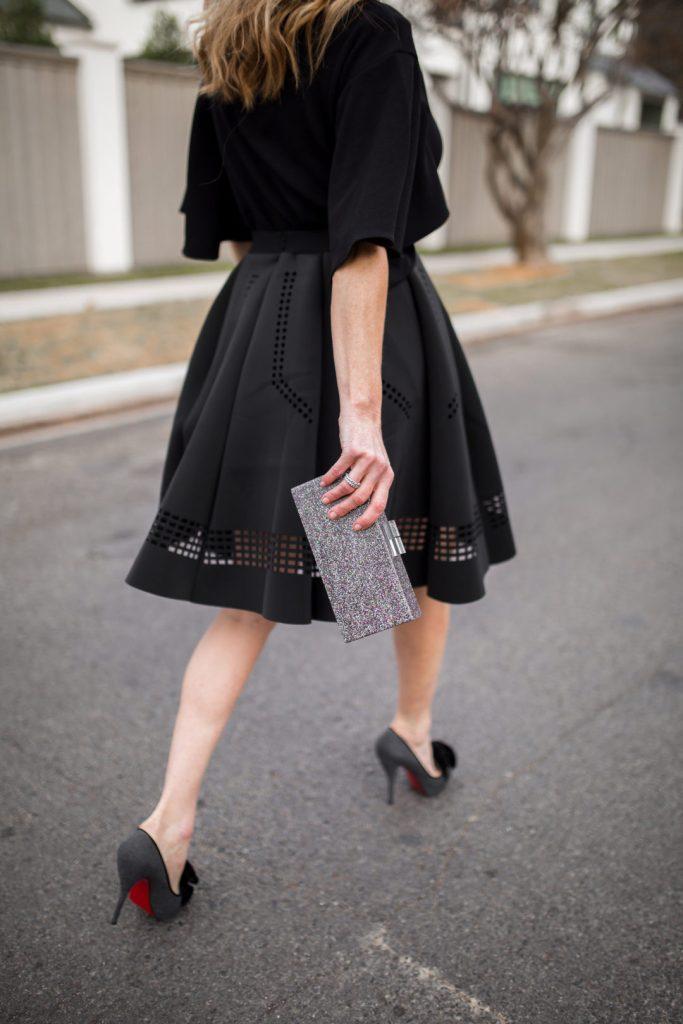 TanyaFoster.com celebrates it's 3 year blog anniversary in chicwish skirt.