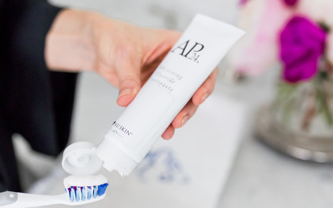 Whitening your teeth with AP-24 toothpaste