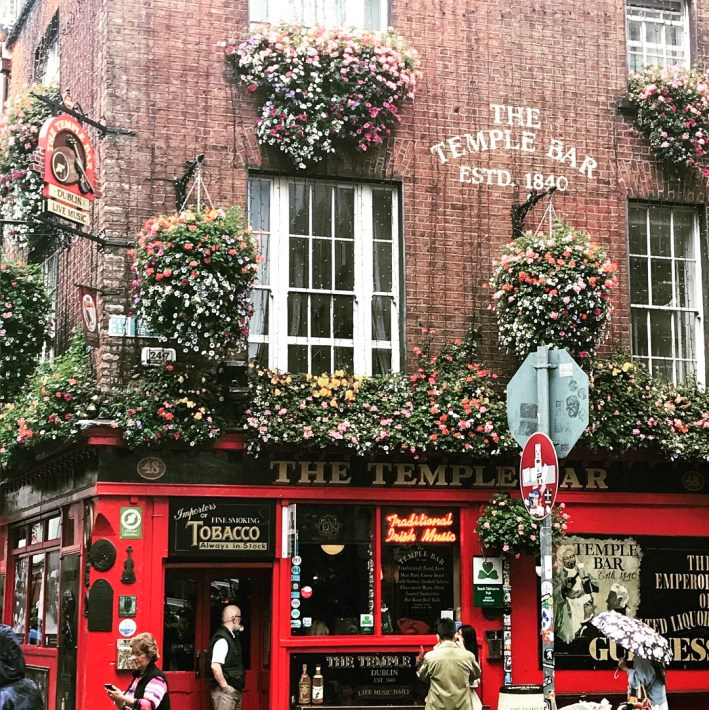 Mary Gorter shares her travels through London, Bath, Dublin, Terschelling and Amsterdam.